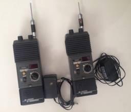 Rádio comunicador antigo