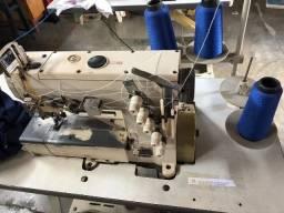 Máquinas para confecção de roupas em geral