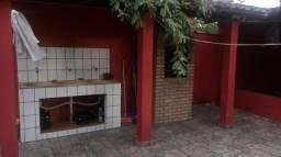 Vende-se uma casa em prado-bahia