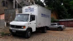 Vende se Caminhão Bau - 1994