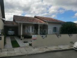 Casa à venda no bairro Amizade - Jaraguá do Sul/SC