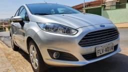 Ford New Fiesta 1.6 SE Hatch 16v Flex 4P Manual 2014