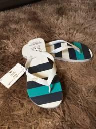 Sandálias Acostamento e Nike
