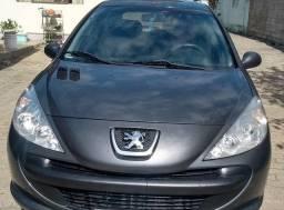 Peugeot 2009 (muito conservado)