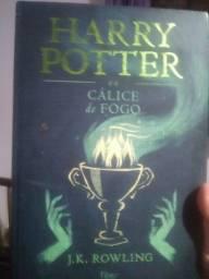 Título do anúncio: Livro harry potter e o calice de fogo