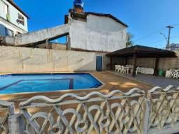 Título do anúncio: (R)Casa para venda possui 128 metros quadrados com 3 quartos em Buraquinho  Lauro de Freit
