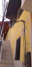 Alugo ótima casa no Fonseca em rua tranqüila