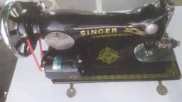 Singer toda original com motorzinho