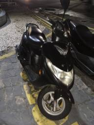 Título do anúncio: Burgman Preta 125cc