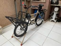 Bicicleta cargueira reformada