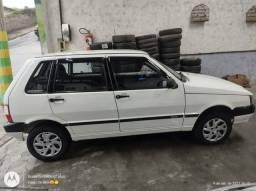 Título do anúncio: Fiat Uno 4 portas barato 16.000,00