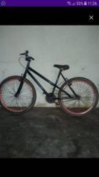 Bicicleta bem conservada *