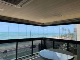 Apartamento para venda possui 349m² com 4 suítes na Orla da Ponta Verde - Maceió - AL