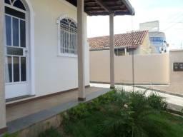 Título do anúncio: Casa Comercial à venda, 3 quartos, 5 vagas, Centro - Sete Lagoas/MG