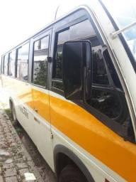 Microonibus em ótimo estado revisado v8 longo 2010