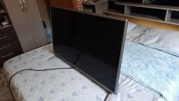 Título do anúncio: Vendo TV smart 42 polegada LG