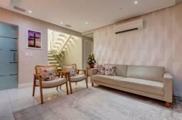 Título do anúncio: Casa de condomínio para venda tem 266 metros quadrados com 5 quartos