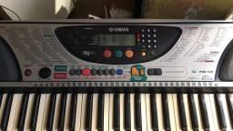 Teclado Yamaha PSR-240 5 Oitavos