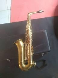 Saxofone alto Vogga VSAS701 em perfeito estado de funcionamento