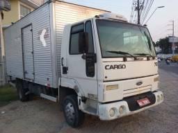 Vendo vários caminhões baú E frigorifico