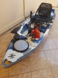 Caiaque Milha Náutica Leader com motor Meghi Pantaneiro 3 hp