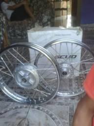 Vendo 350 $ rodas originais Honda 150