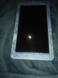 Tablet Multilaser e celular 3G