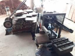 Máquina de blocos semi automática* um carrinho e 250 formas de madeirite naval