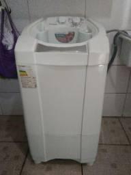 Lava-roupas automática Müller 6 kg