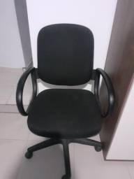 Vendo cadeira giratório