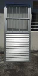 Porta de alumínio, NOVA