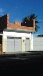 Alugo casa no Santos Dumont