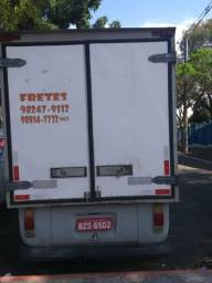 Vendo ou troco por caminhão ou carro de aplicativos volto a diferença parcelado