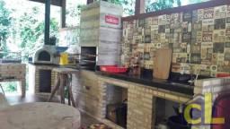 Linda casa, com 04 quartos no Condomínio Solar de Itacuruçá
