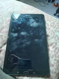 Tablet galaxy tab e t561m quad-core 1.3ghz android 4.4 wi-fi 9.6 preto 8gb - samsung