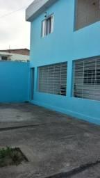 1035 - Casa Duplex - 06 Quartos - 02 Suítes - Terraço - Varanda - Loc. em Cajueiro Seco