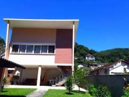Casa à venda com 3 dormitórios em Quitandinha, Petrópolis cod:2037