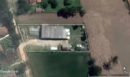 area 3000m² com barracão 900m² a 300 metros da Estrada do Cerne