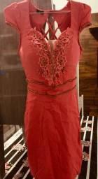Vestido curto (Lojas Karol)