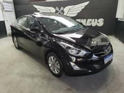 Hyundai elantra 2.0 2015 com teto - 2015