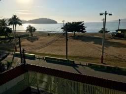 Apto de 2 quartos frente à praia de garatucaia