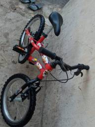 Bicicleta infantil Hot Wheels