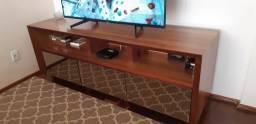 Lindo rack de madeira maciça espelhado