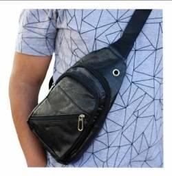 Bolsa Couro Pochete Transversal Lateral Super Resistente Shoulder Bag