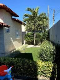 Casa com Piscina Movelar - Linhares