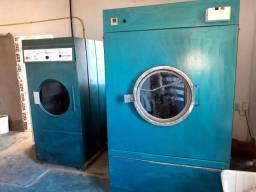 Vdende ou arendo lavadeira completa em Itacaré baixei p vender logo 50 mil