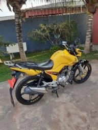 Título do anúncio: Vendo ou alugo para quem tem experiência em mototáxi em Macapa