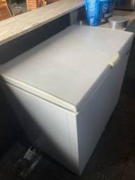 Título do anúncio: Vendo freezer horizontal em ótimo estado de conservação!