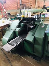 Título do anúncio: Maquina de costura de livors e revistas Muller Martini automática