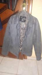Jaqueta de couro cinza